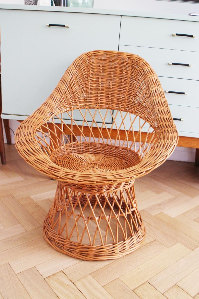 fauteuil en osier vintage pas cher luckyfind. Black Bedroom Furniture Sets. Home Design Ideas