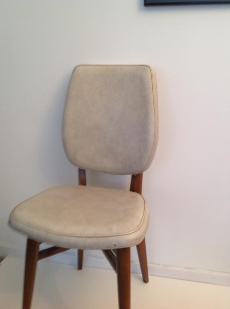 Chaise de style scandinave vintage des ann es 70 luckyfind for Chaise de style