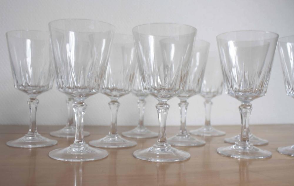 11 verres eau cristal d arques mod le versailles. Black Bedroom Furniture Sets. Home Design Ideas