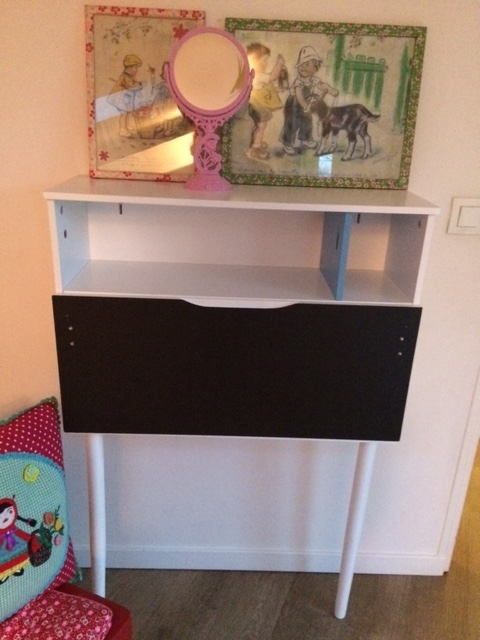 Bureau enfant gain de place vertbaudet luckyfind for Bureau enfant gain de place