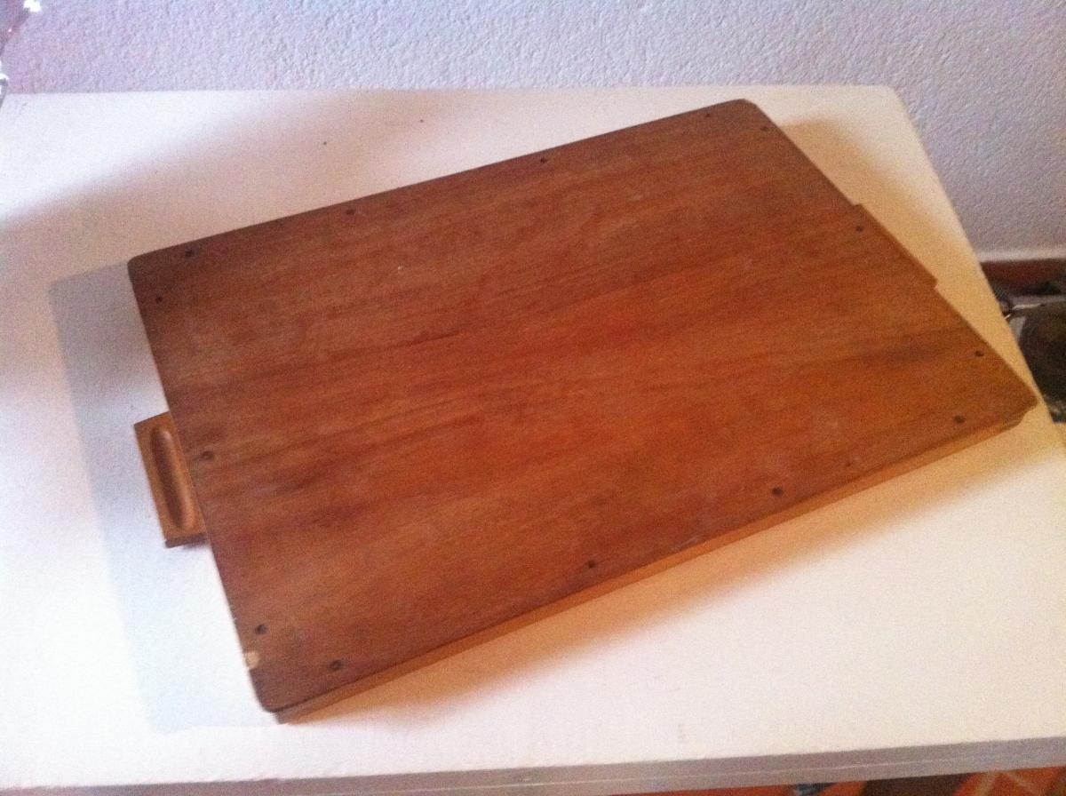Plateau vintage bois et fibre de verre luckyfind for Fibre de verre sur bois