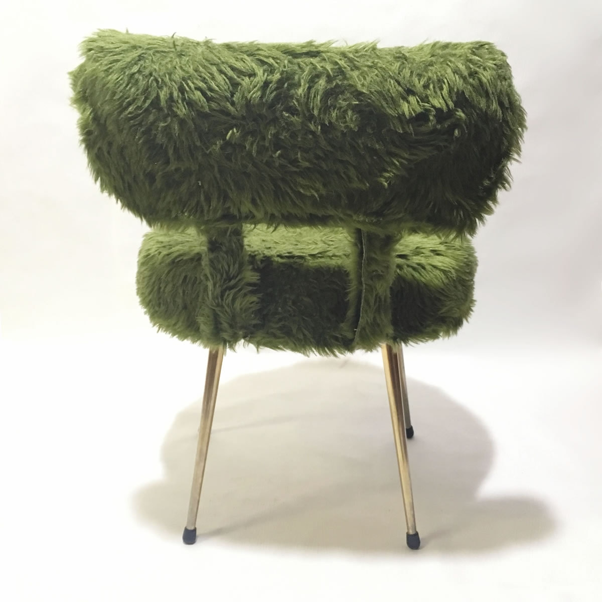 chaise moumoute verte 70s luckyfind. Black Bedroom Furniture Sets. Home Design Ideas