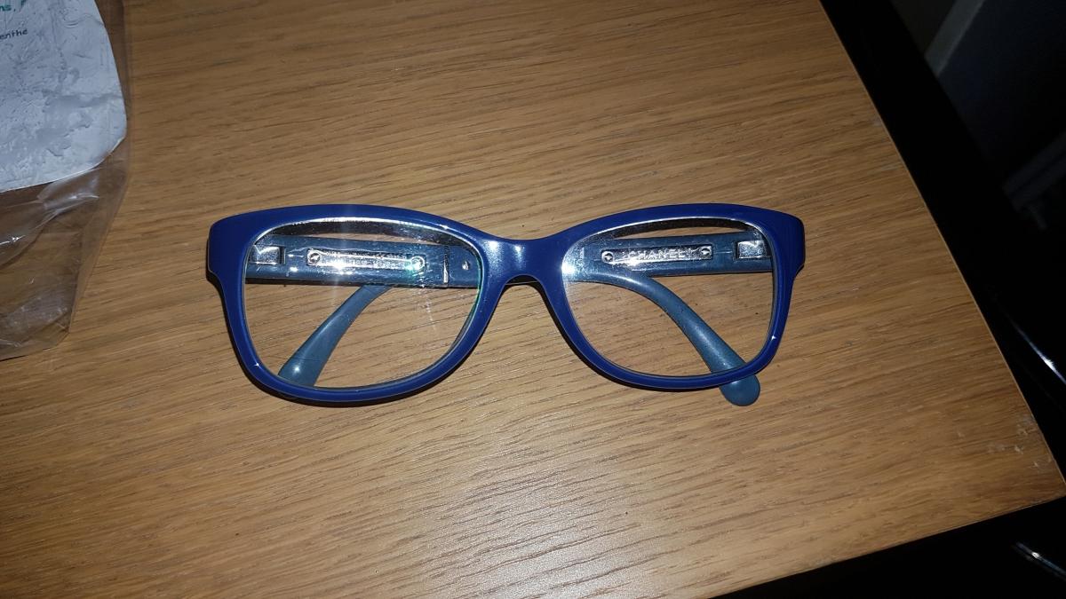Monture de vue CHANEL bleue – Luckyfind c14afabd98f3