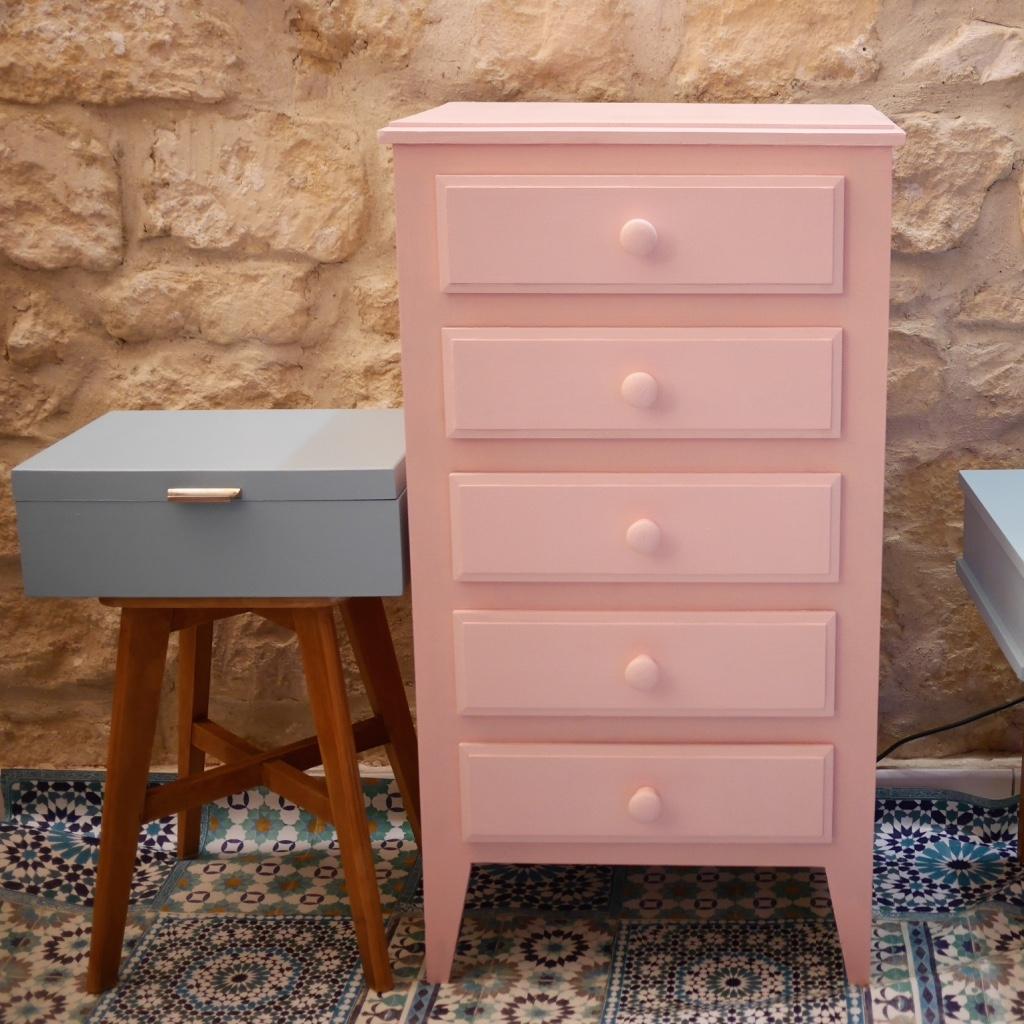 commode semainier rose et paillettes luckyfind. Black Bedroom Furniture Sets. Home Design Ideas