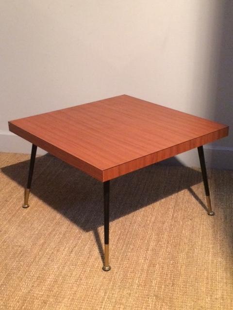 le dernier a5ae3 a729f Petite table basse en formica 60's