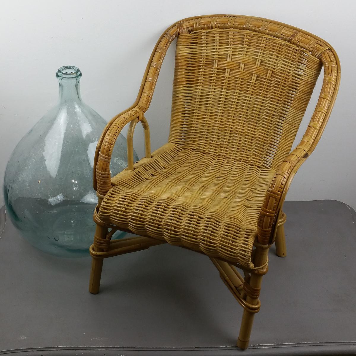 fauteuil en rotin et osier tress pour enfant luckyfind. Black Bedroom Furniture Sets. Home Design Ideas