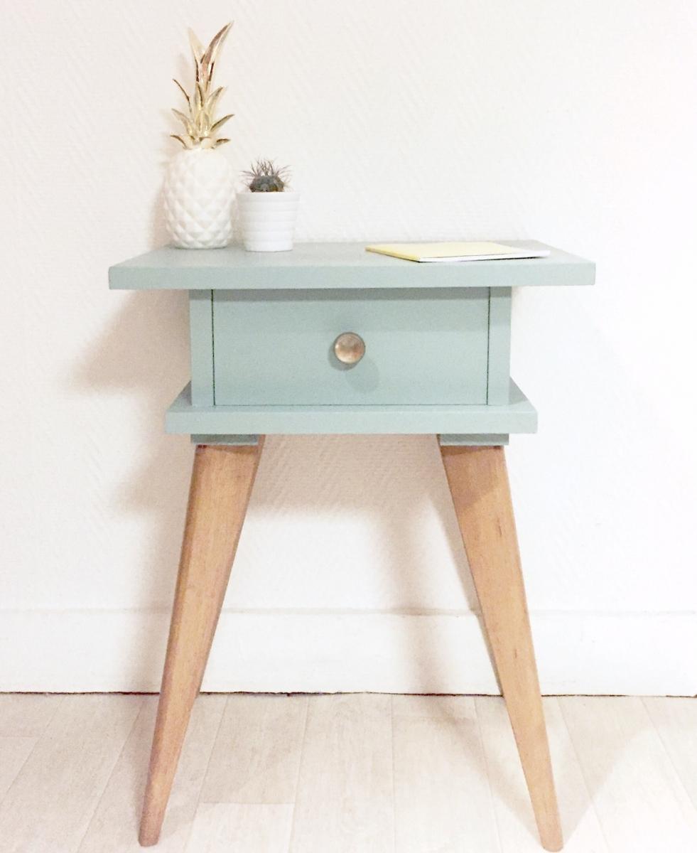 chevet table de nuit vintage luckyfind. Black Bedroom Furniture Sets. Home Design Ideas