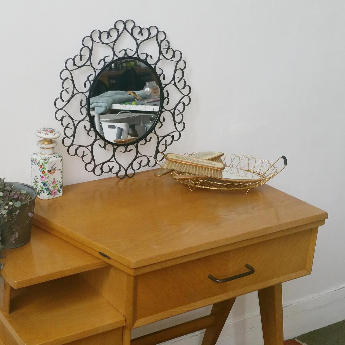 bureau scandinave des ann e 60 luckyfind. Black Bedroom Furniture Sets. Home Design Ideas