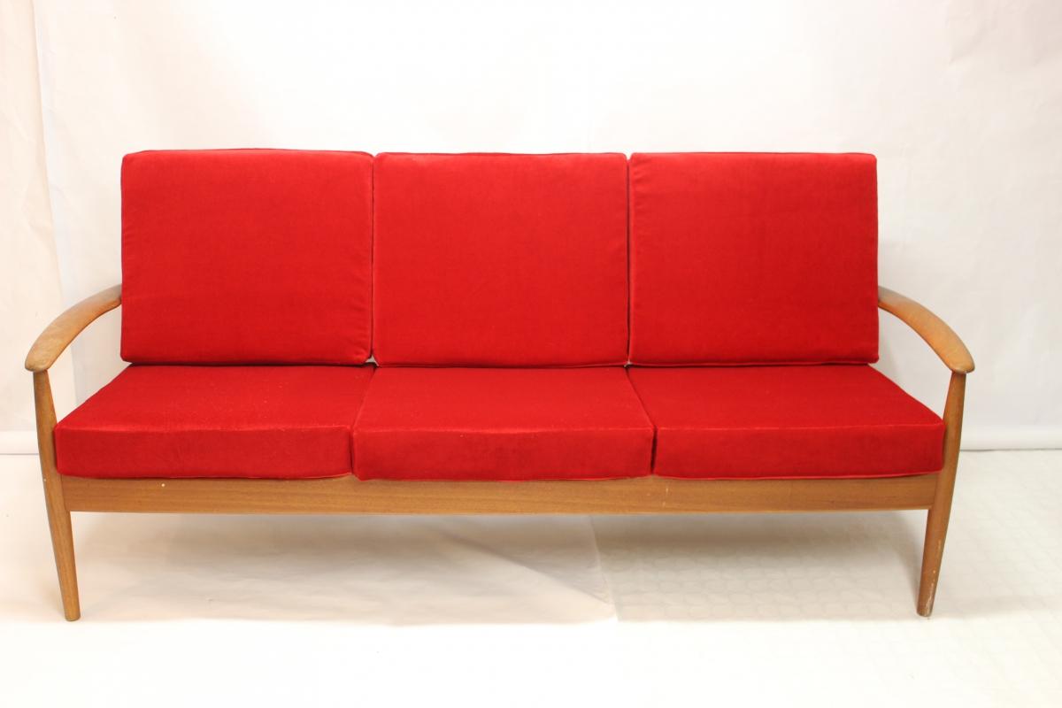 canap mod le 118 en teck par grete jalk luckyfind. Black Bedroom Furniture Sets. Home Design Ideas