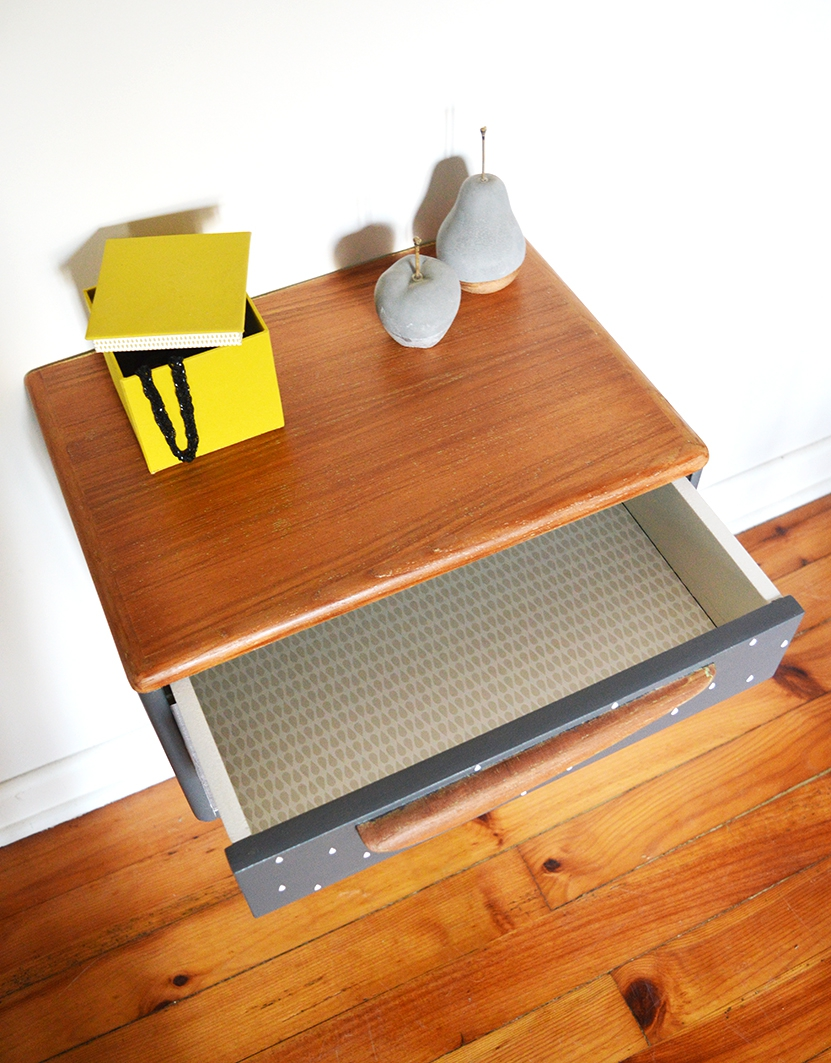 Table chevet suspendu maison design - Table chevet suspendu ...