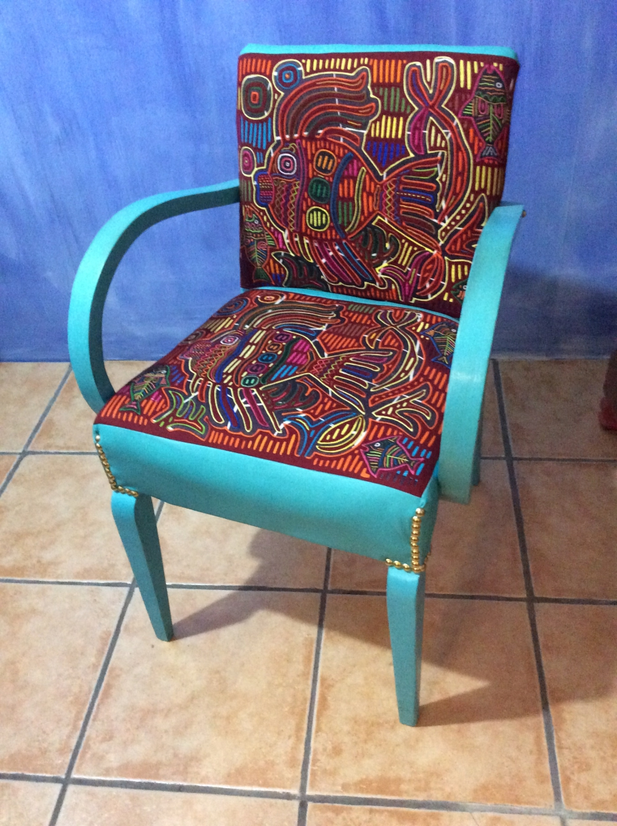 chaise bridge luckyfind. Black Bedroom Furniture Sets. Home Design Ideas