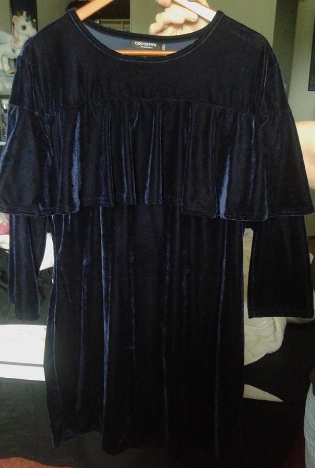 robe de cocktail en velours bleu marine luckyfind. Black Bedroom Furniture Sets. Home Design Ideas