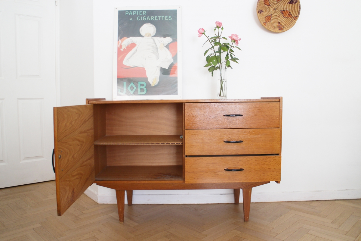 enfilade vintage scandinave ann es 60 pieds compas luckyfind. Black Bedroom Furniture Sets. Home Design Ideas