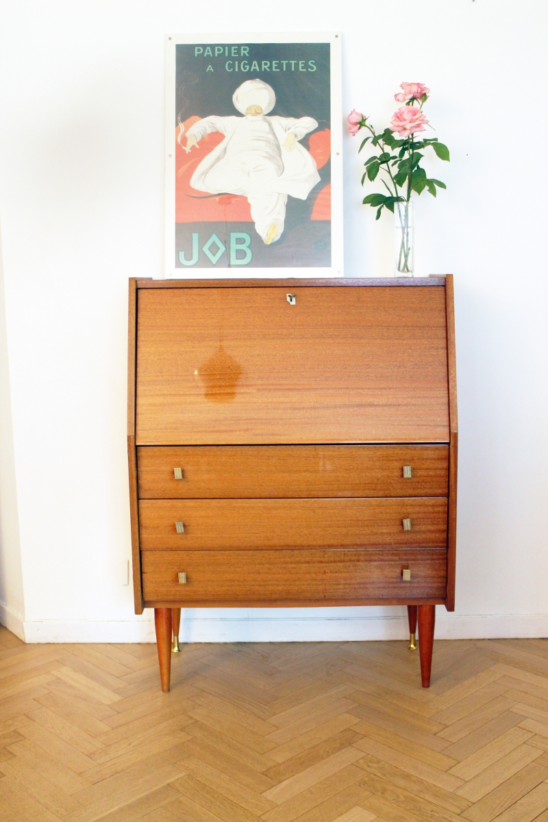 secr taire bureau vintage ann es 60 scandinave luckyfind. Black Bedroom Furniture Sets. Home Design Ideas