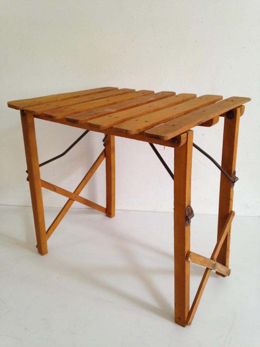 Petite table d 39 appoint tabouret pliant luckyfind - Petite table d appoint ...