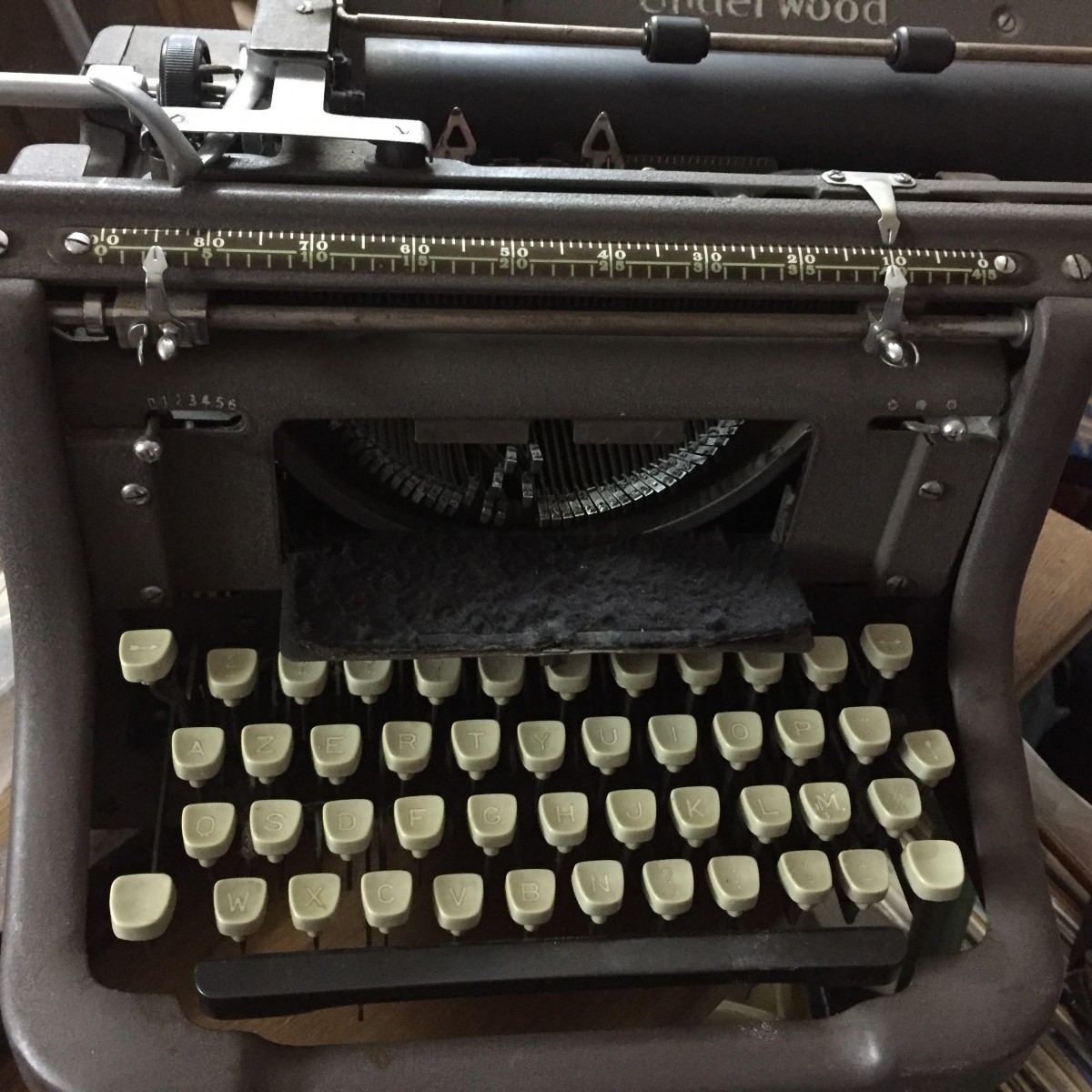 Machine crire underwood 1930 luckyfind - Machine a ecrire underwood ...