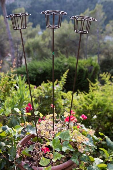 3 piques porte bougie en fer forg pour jardin luckyfind for Porte jardin fer