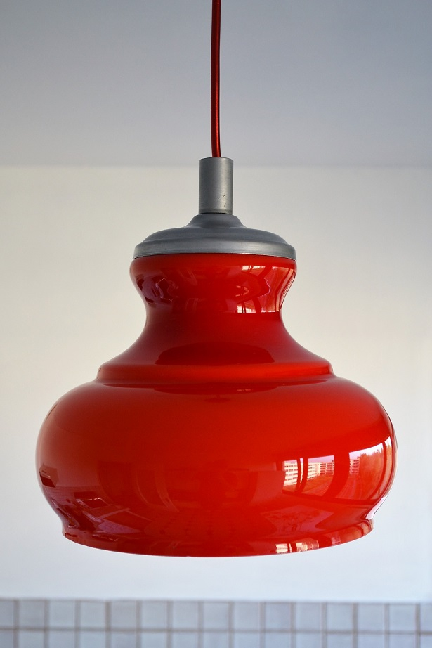 Suspension opaline rouge vintage 1960s luckyfind - Suspension cuisine rouge ...