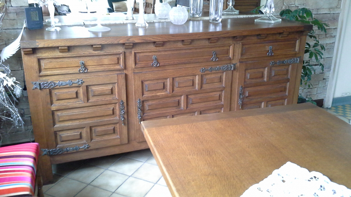 Vend meubles salle a manger chene massif luckyfind for Meubles salle a manger chene massif
