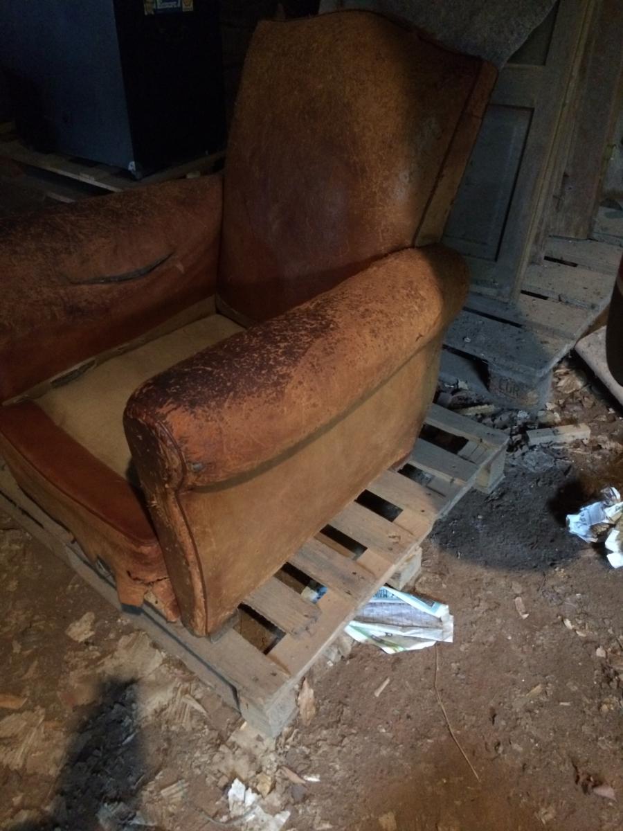 fauteuil club r nover ann es 50 luckyfind. Black Bedroom Furniture Sets. Home Design Ideas