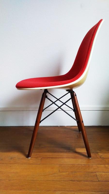 Fauteuil Design Eames Estampillé Herman Miller Mobilier