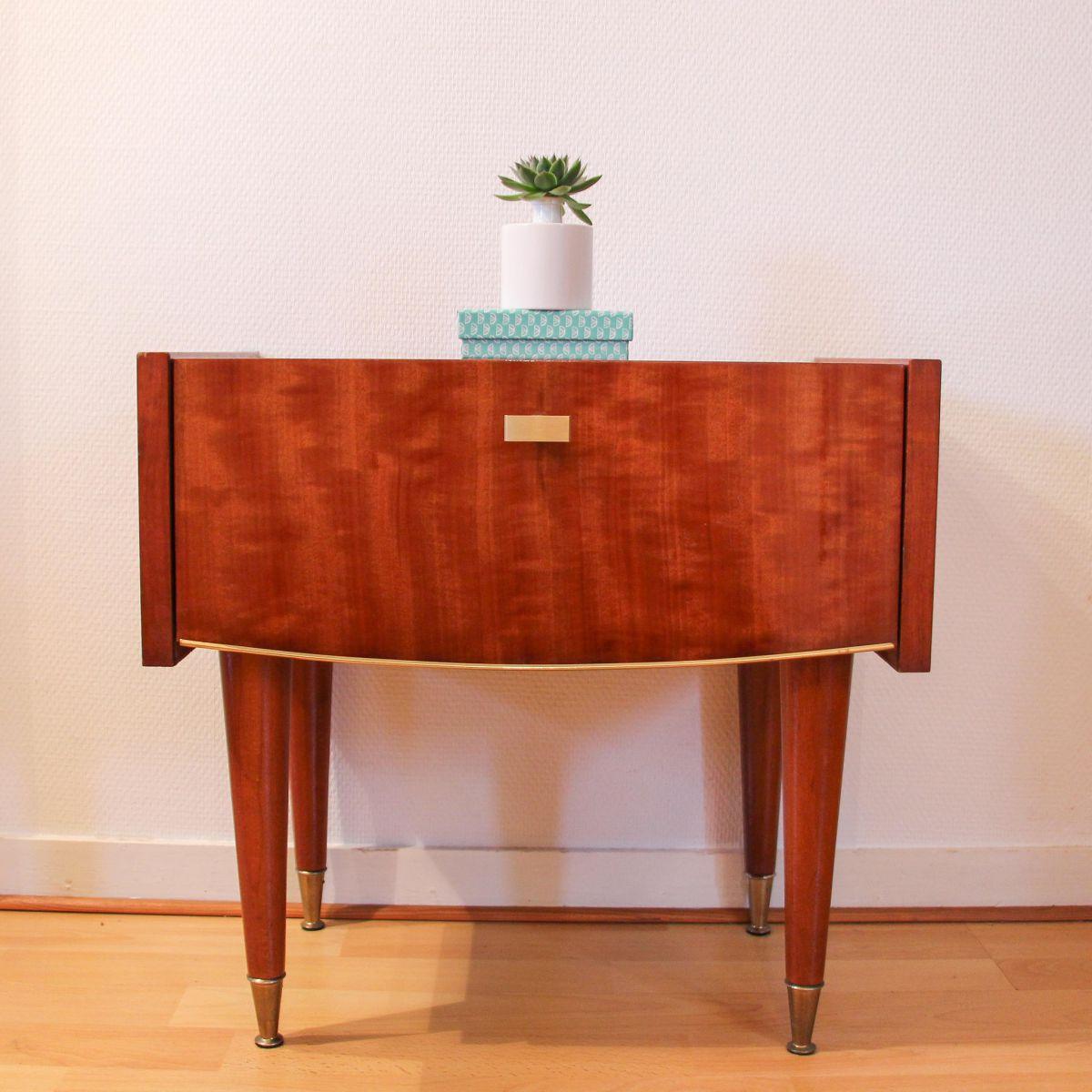 table de chevet ann e 60 r tro luckyfind. Black Bedroom Furniture Sets. Home Design Ideas