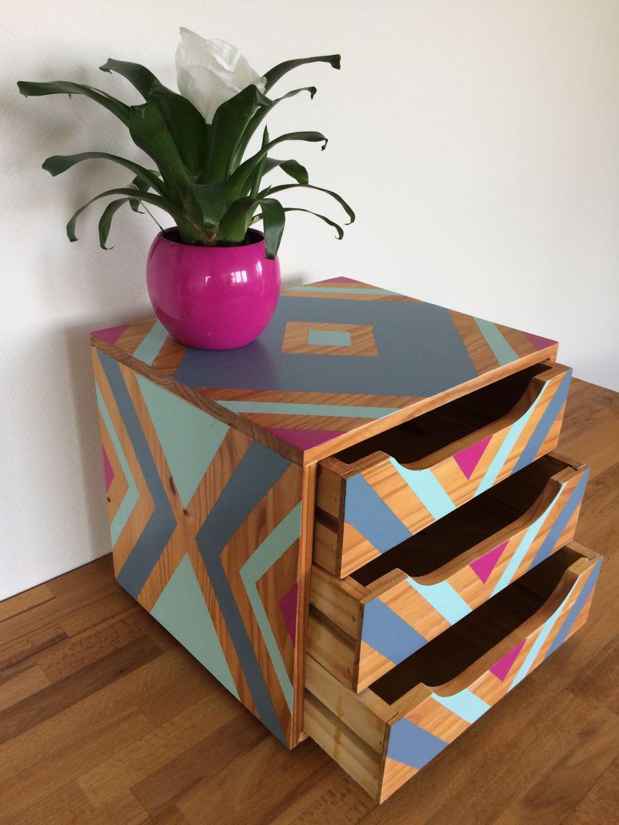 petit meuble de rangement luckyfind. Black Bedroom Furniture Sets. Home Design Ideas