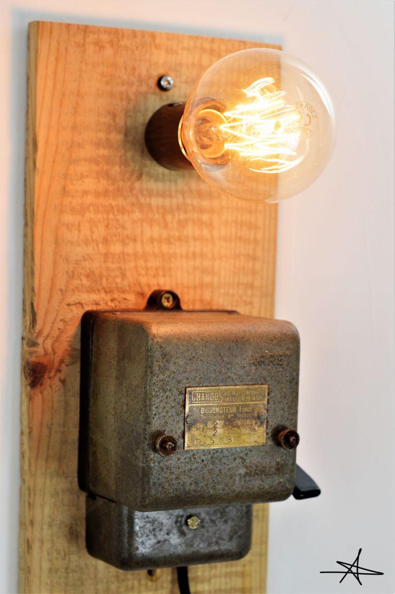 lampe applique industrielle la court circuit e luckyfind. Black Bedroom Furniture Sets. Home Design Ideas