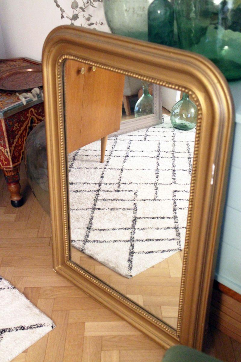 grand miroir louis philippe vintage dor ann es 60 luckyfind. Black Bedroom Furniture Sets. Home Design Ideas