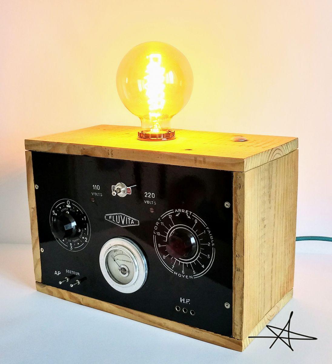 lampe industrielle lampe vintage docteur electro. Black Bedroom Furniture Sets. Home Design Ideas