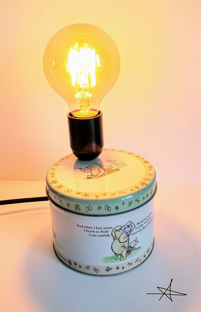 lampe vintage lampe de chevet lampe d 39 ambiance winnie l 39 ourson luckyfind. Black Bedroom Furniture Sets. Home Design Ideas