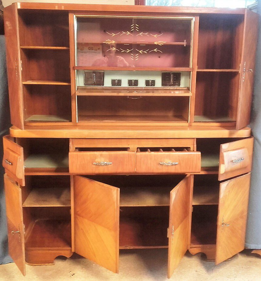 buffet vintage ann es 50 luckyfind. Black Bedroom Furniture Sets. Home Design Ideas