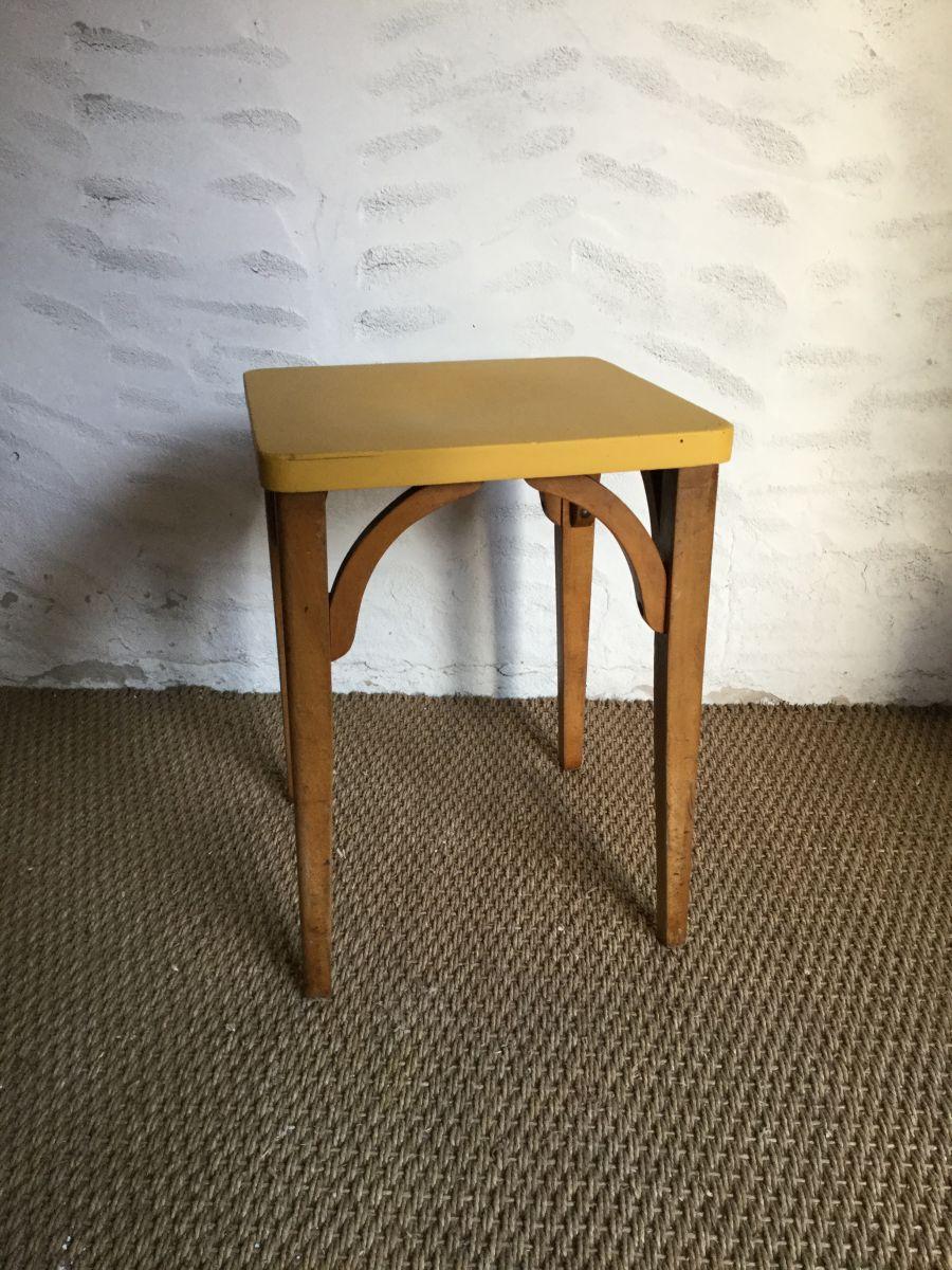 tabouret bistrot vintage luckyfind. Black Bedroom Furniture Sets. Home Design Ideas