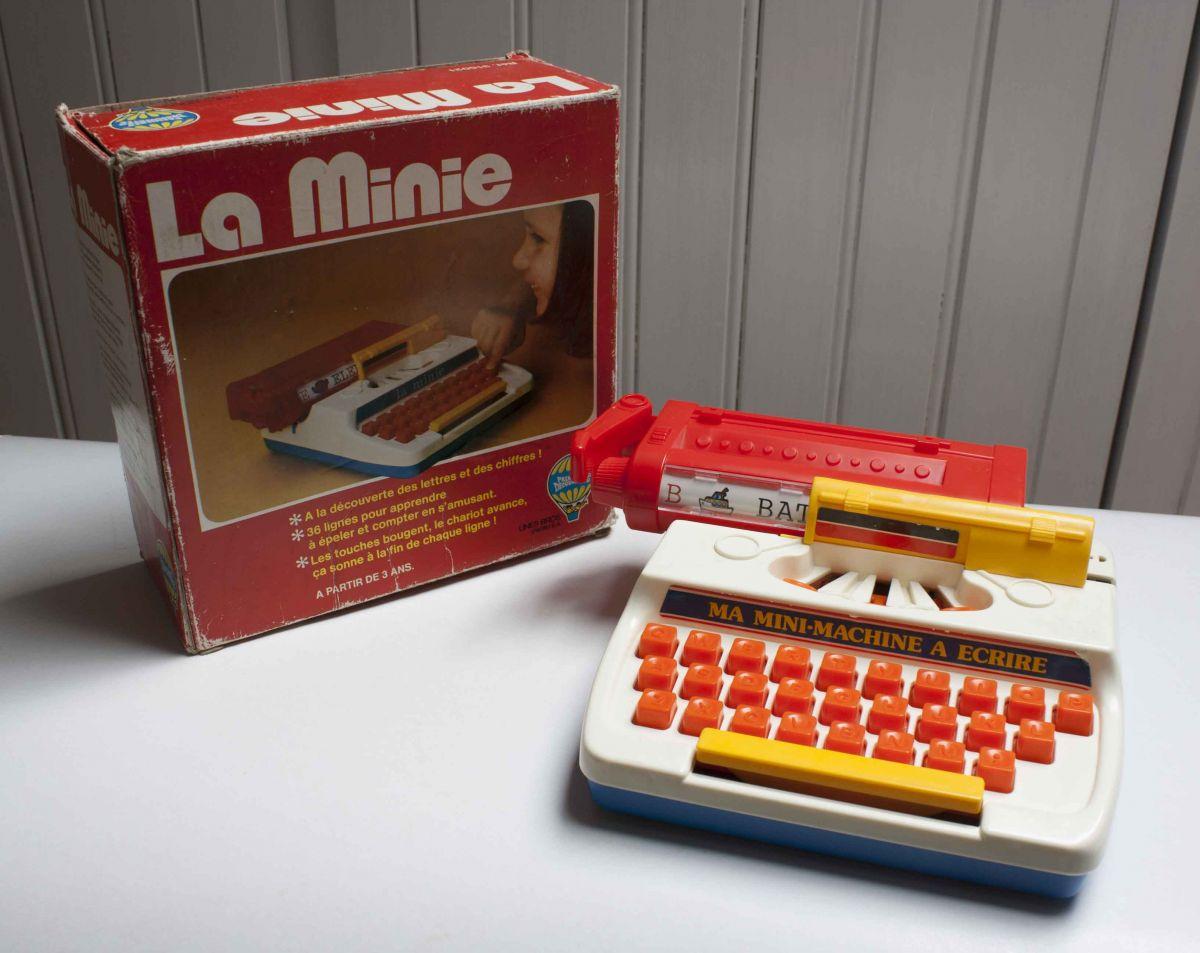 machine crire jouet enfant 1977 luckyfind. Black Bedroom Furniture Sets. Home Design Ideas