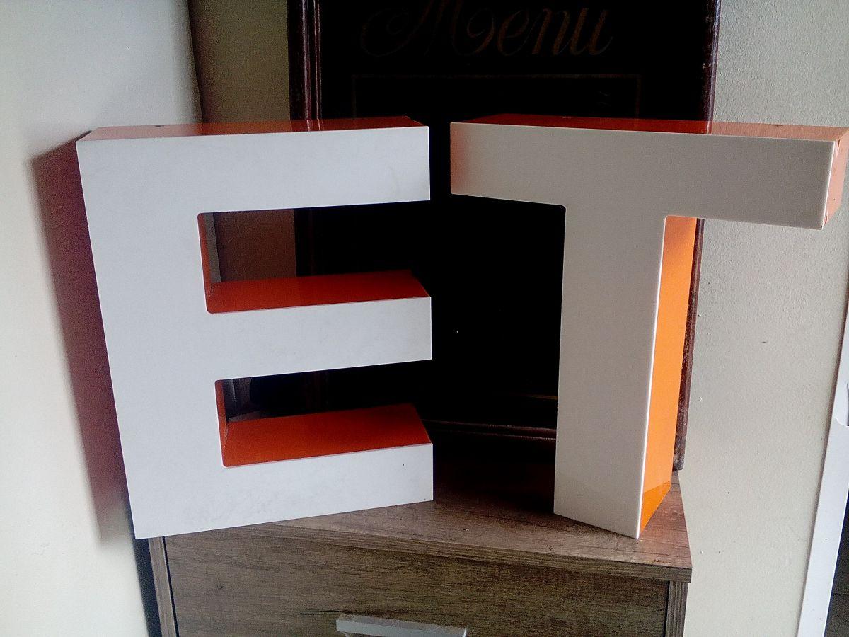 lettre enseigne industrielle luckyfind. Black Bedroom Furniture Sets. Home Design Ideas