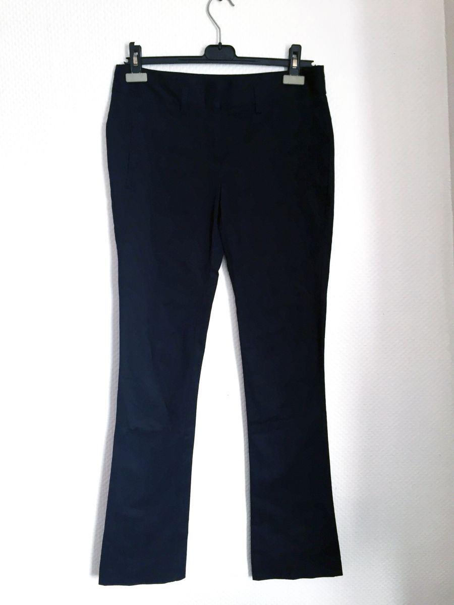 pantalon droit bleu marine marque zara taille 36 luckyfind. Black Bedroom Furniture Sets. Home Design Ideas