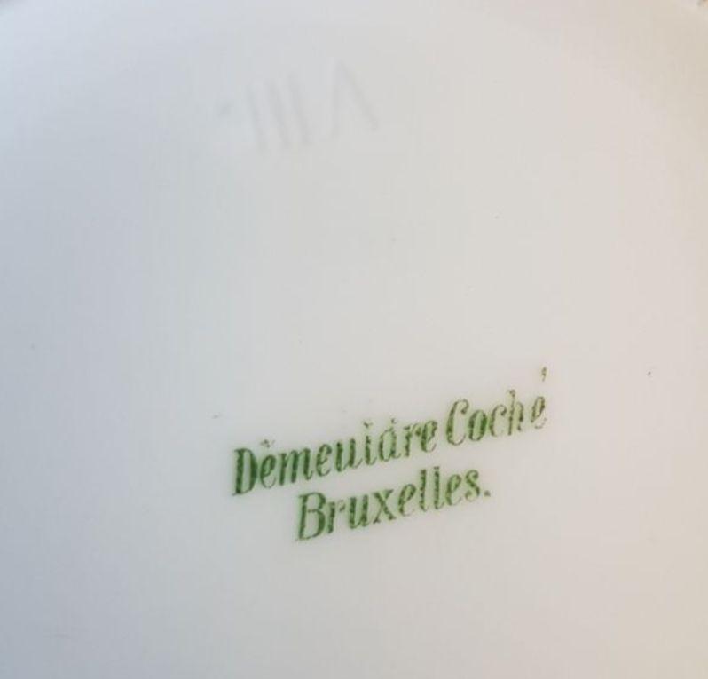 Jolie pichet porcelaine blanche luckyfind for Assaut sur la maison blanche bande annonce