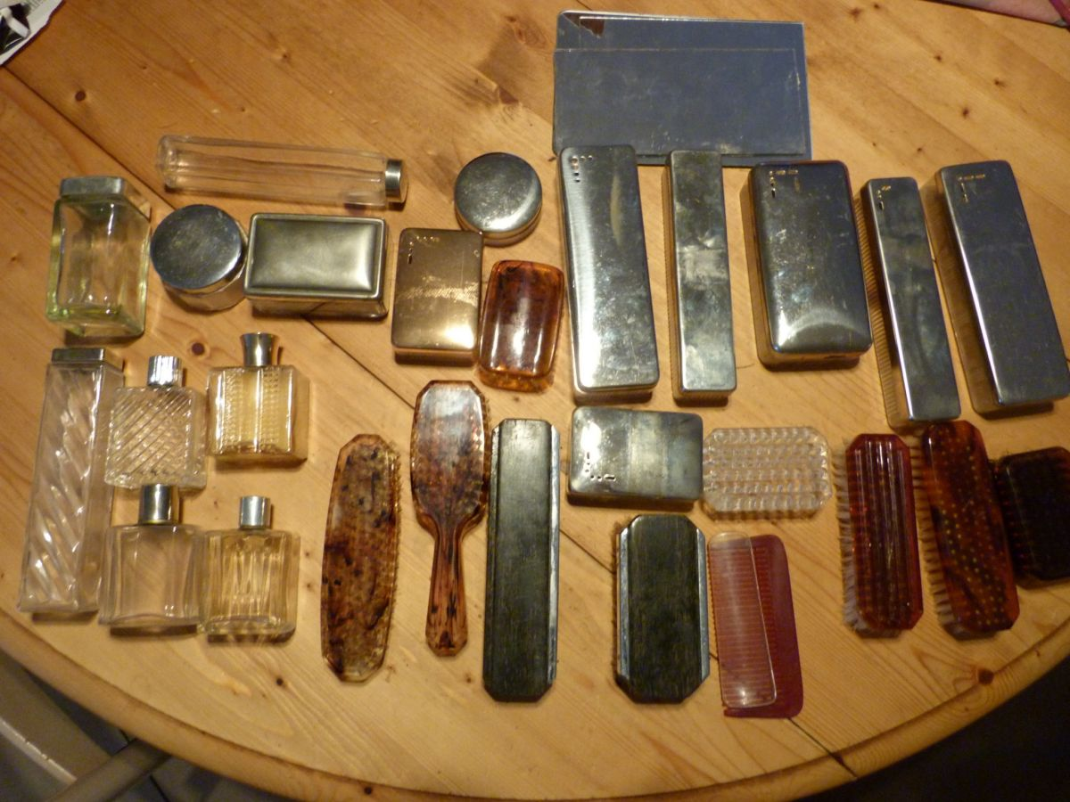 accessoires pour trousses de toilette anciennes vanity luckyfind