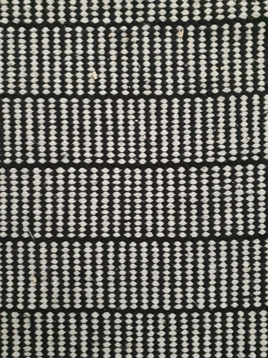 Tapis couloir noir et blanc luckyfind - Deco couloir noir et blanc ...