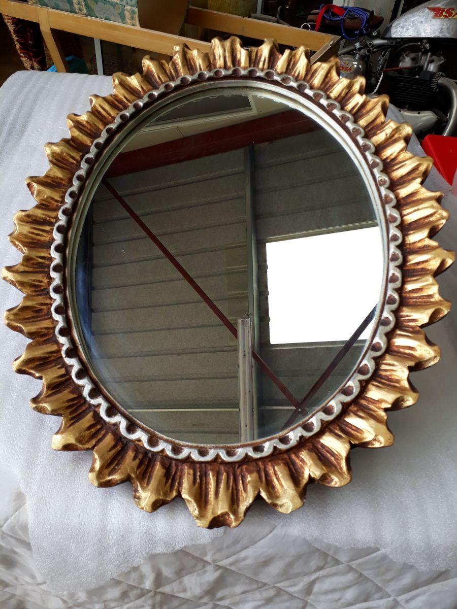 Miroir ovale soleil bois 1970 luckyfind for Miroir bois ovale
