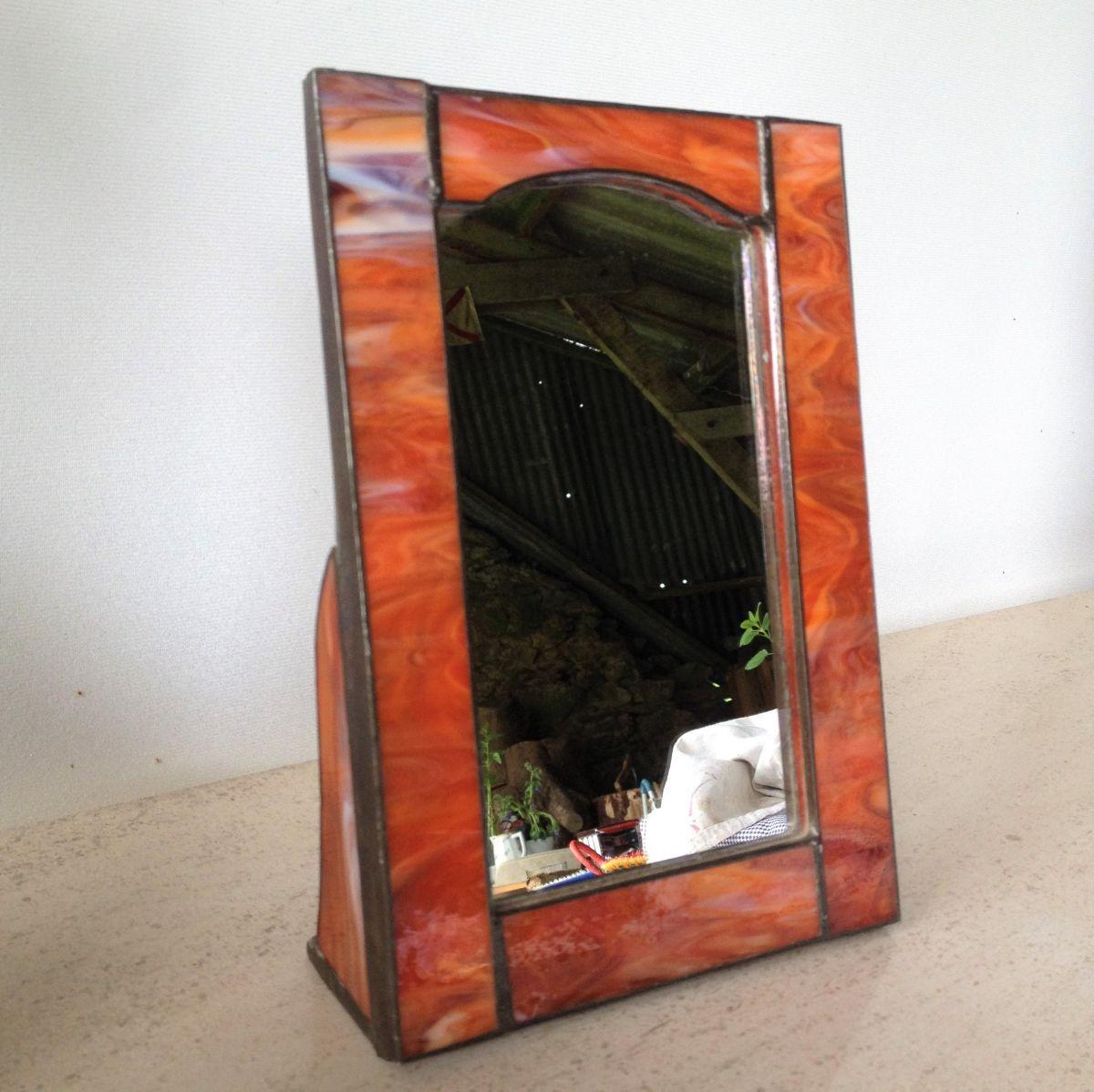Petit miroir sur pied en p te de verre luckyfind for Petit miroir rond sur pied