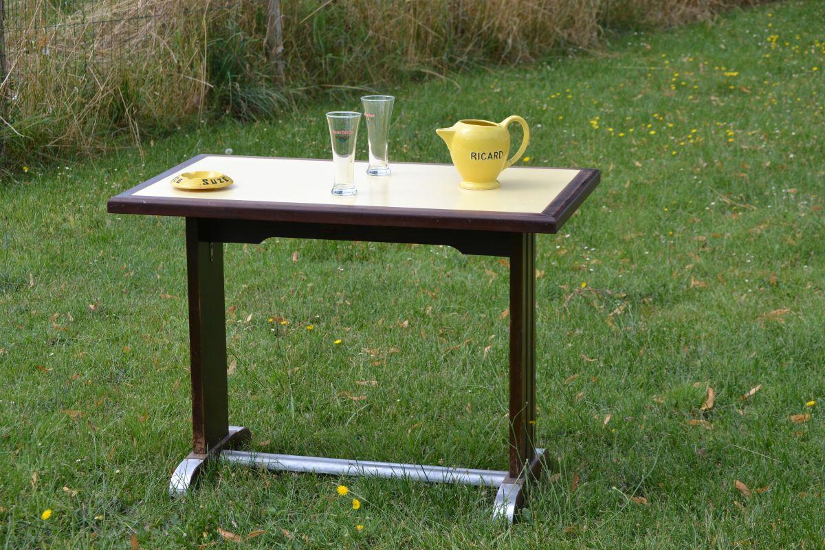 table bistrot ancienne ann es 1950 60 bois formica jaune luckyfind. Black Bedroom Furniture Sets. Home Design Ideas