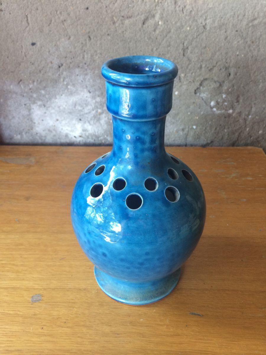 vase en terre cuite pique fleurs vintage bleu luckyfind. Black Bedroom Furniture Sets. Home Design Ideas