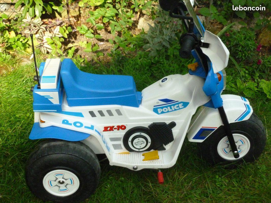 Moto de police luckyfind - Jeux de motos de police ...