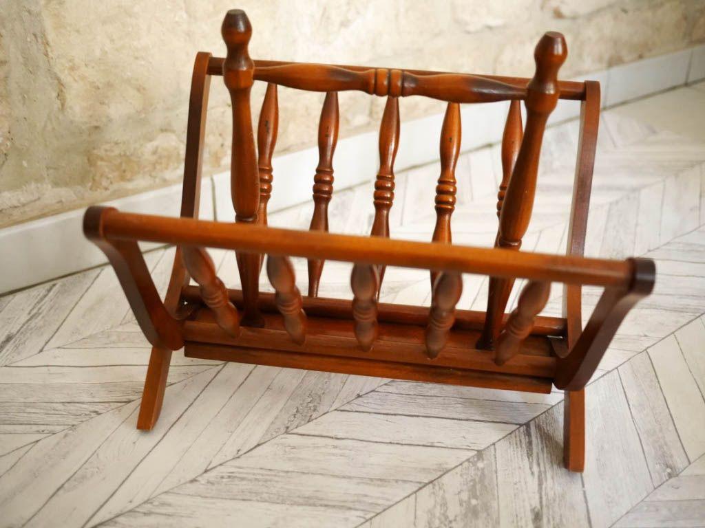 porte revues vintage luckyfind. Black Bedroom Furniture Sets. Home Design Ideas