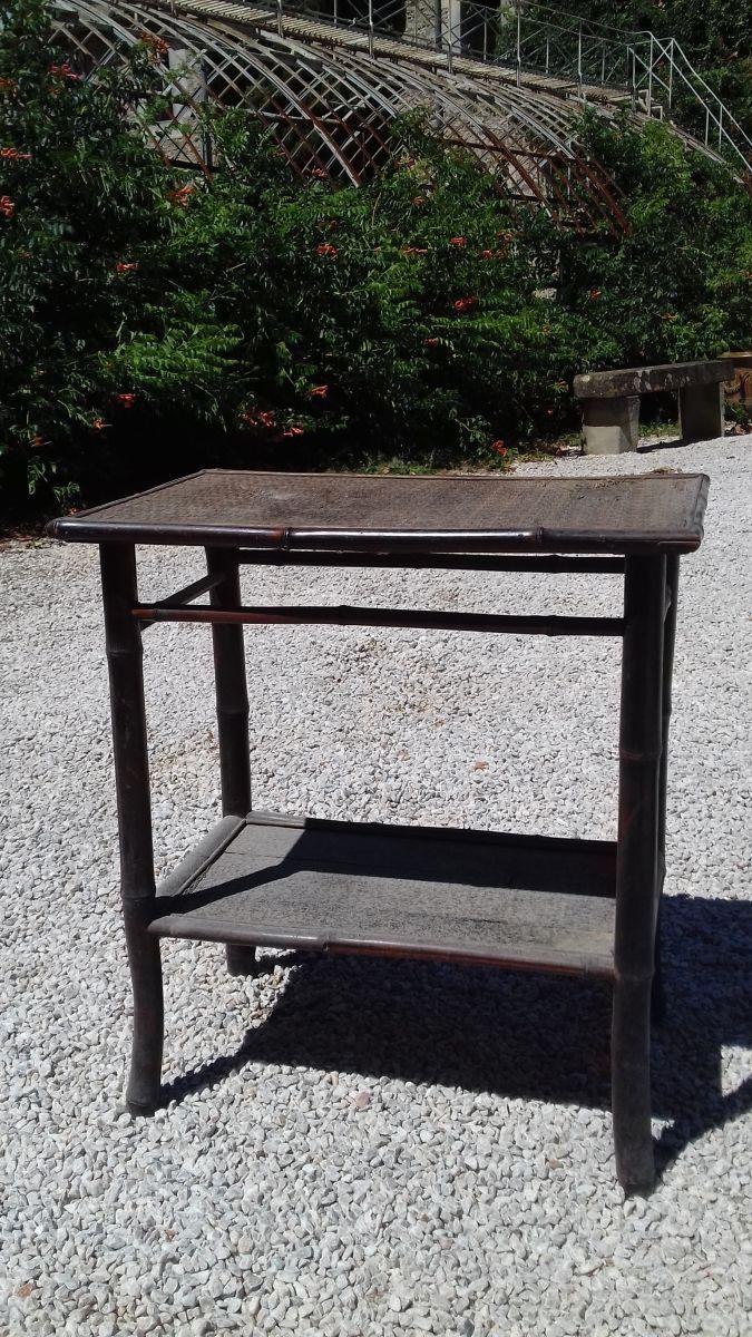 table avec plateau en osier luckyfind. Black Bedroom Furniture Sets. Home Design Ideas