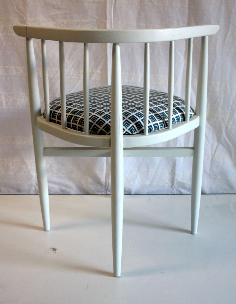 chaise d angle thonet ann es 60 luckyfind. Black Bedroom Furniture Sets. Home Design Ideas