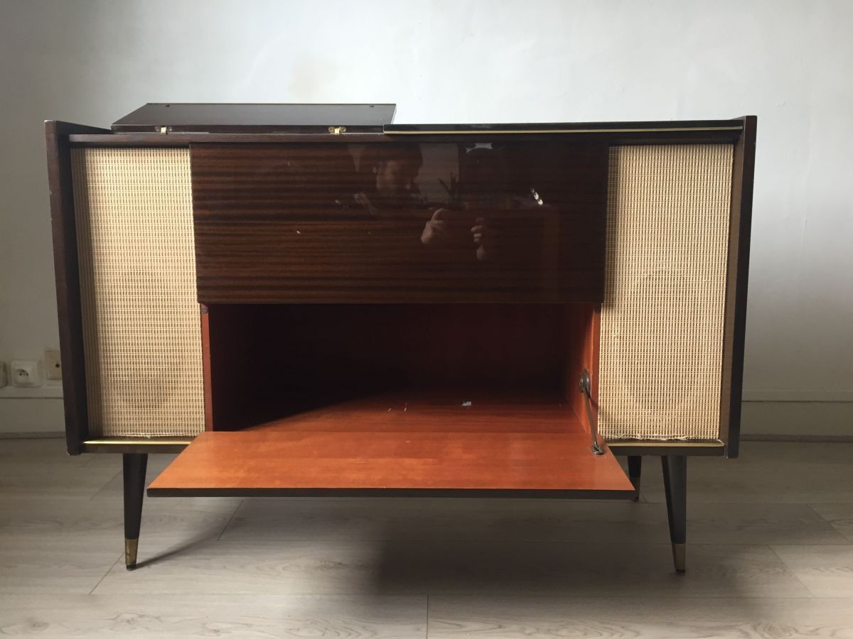 Vintage Meuble Radio A Lampe Tourne Disque