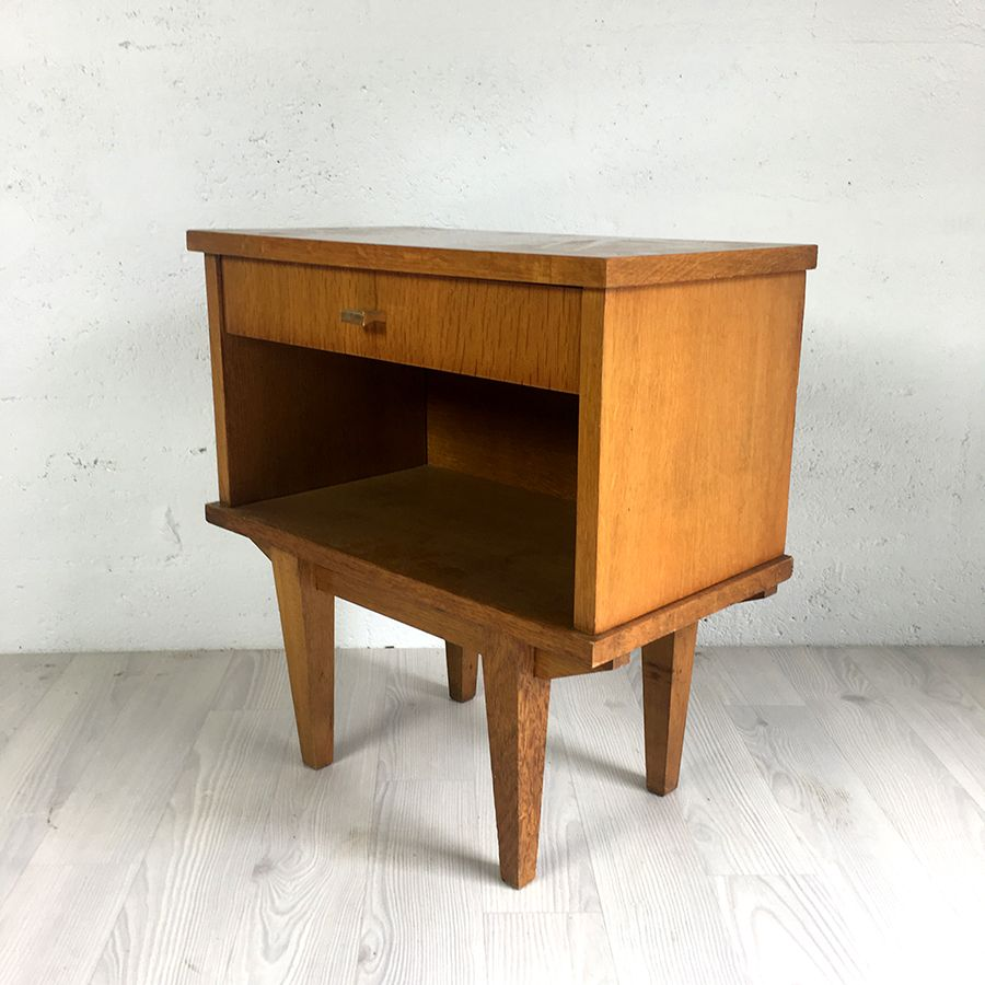 chevet vintage 60 39 s luckyfind. Black Bedroom Furniture Sets. Home Design Ideas