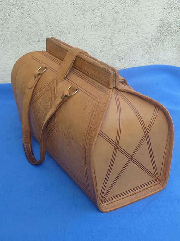 2fbedc24e16 Sac a main en cuir artisanal – Luckyfind